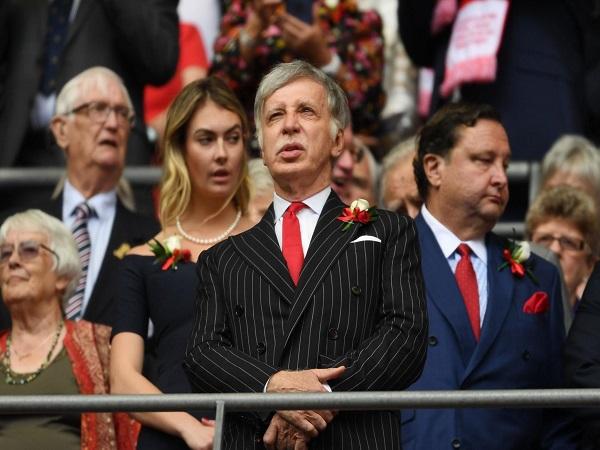 Chủ tịch Kroenke rất tâm huyết với Arsenal
