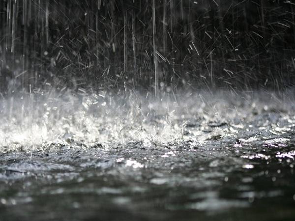 Mơ thấy trời mưa có ý nghĩa gì? đánh con số nào?