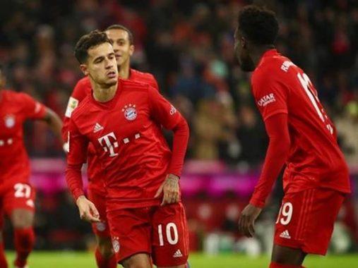 """""""Siêu bom"""" đắt giá thăng hoa tại Bundesliga"""