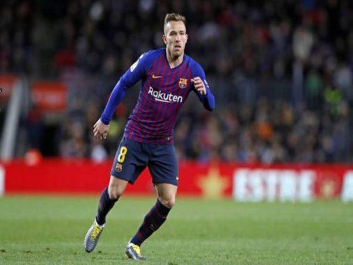 Juventus chính thức đạt thỏa thuận mua cầu thủ Arthur của Barca