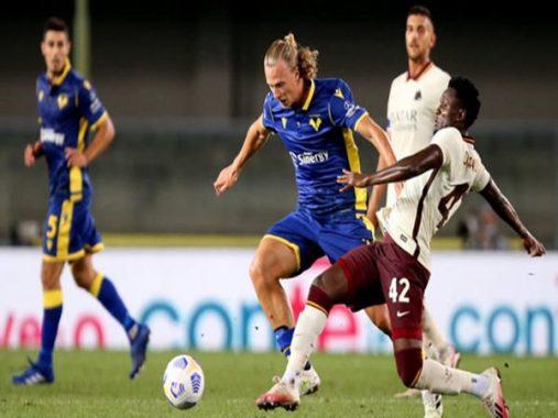 """Bóng đá QT 23/9: Trận đấu """"dị"""" nhất Serie A"""