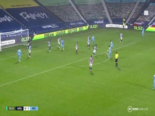 Bóng đá Anh 27/1: Man City hưởng lợi từ pha phất cờ lỗi