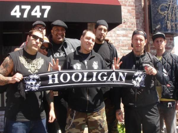 Hooligan nghĩa là gì và ảnh hưởng thế nào đến bóng đá